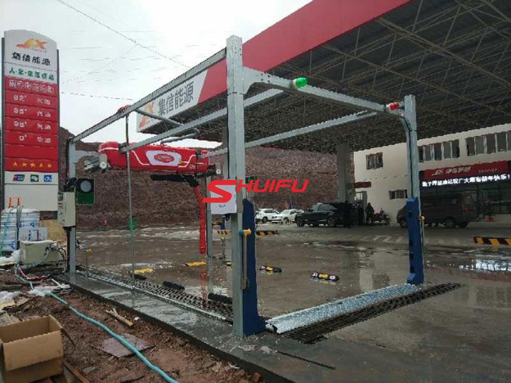 水斧品牌,全球依赖,贺甑子坪加油站水斧m7全自动洗车设备安装完成